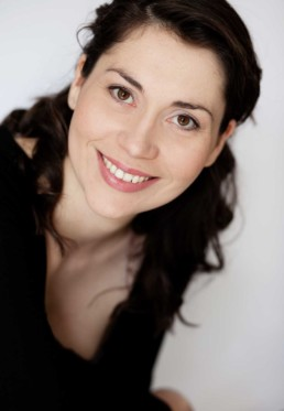 Stephanie Corley, UK Soprano – 3rd place 2007 Veronica Dunne International Singing Competition (VDISC) in Dublin, Ireland